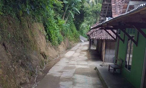 IMPROVEMENT OF RURAL ACCESS ROAD AROUND CLAPAR